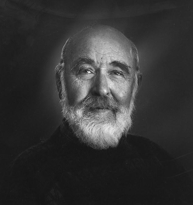 Kolbein Falkeid - Foto: Hans Jørgen Brun. Fra Cappelen Damms internettsider.