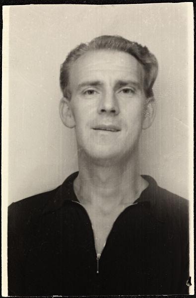Portrett_av_Alf_Prøysen_(1914-1970)