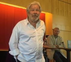 LIVET OG DØDEN: Skuespilleren SvenWollter forteller om sin første roman - Hon, han och Döden.